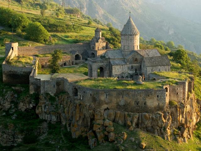 armeniya tatevskij monastyr 2