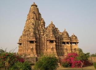 indiya hramy kadzhuraho